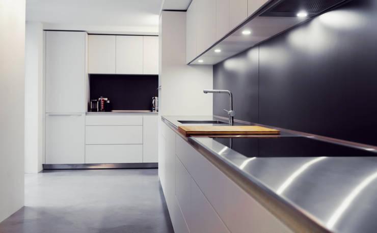 مطبخ تنفيذ Diamond Constructions Ltd