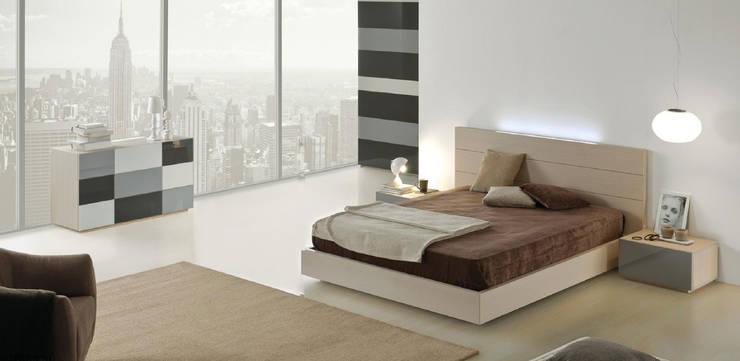 Mobiliário de quarto Bedroom furniture www.intense-mobiliario.com  AAMET : Quarto  por Intense mobiliário e interiores;