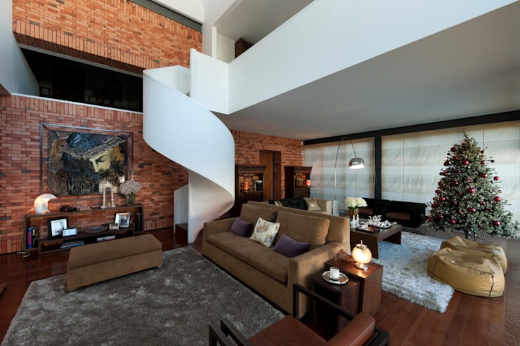 Vista geral sala de estar: Salas de estar  por B.loft