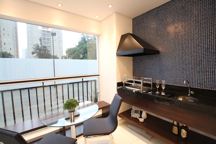 Terrazas de estilo  por Pricila Dalzochio Arquitetura e Interiores