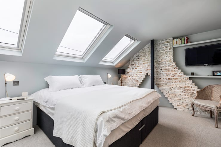 Dorothy Road: modern Bedroom by Orchestrate Design and Build Ltd.