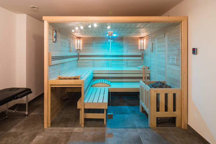 Sauna :  Sauna von casaio | smart buildings