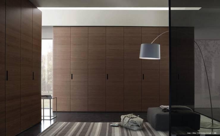 Bedroom by RUI BESSA INTERIORES