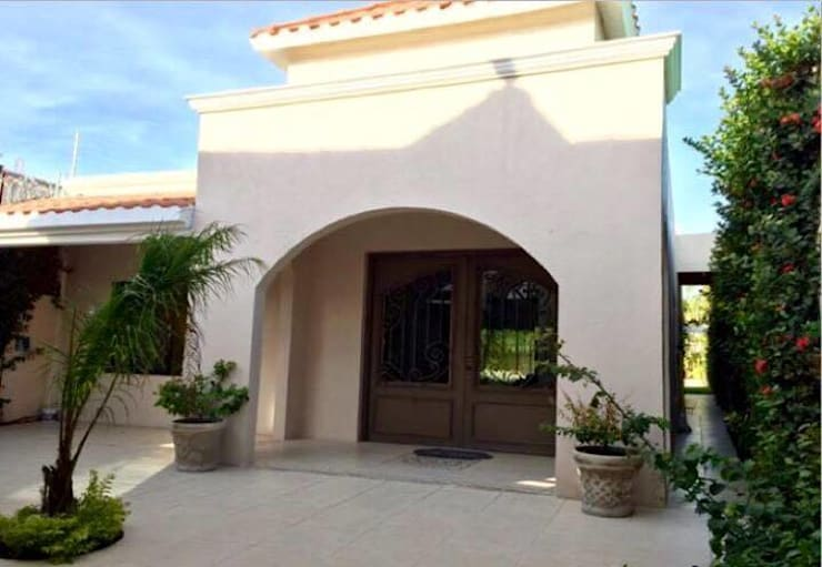"CASA ""LA PICCOLA ITALIA "": Casas de estilo  por SG Huerta Arquitecto Cancun"