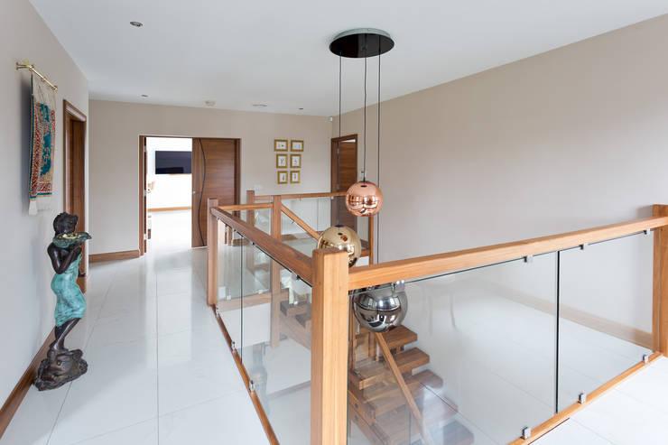 Dunadry House:  Corridor & hallway by slemish design studio architects