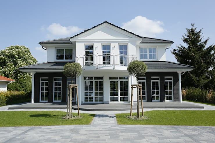 Houses by Heinz von Heiden GmbH Massivhäuser
