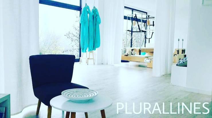 Offices & stores by PLURALLINES - Ideias, Projectos e Gestão Lda, Minimalist