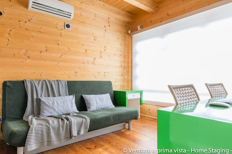 Living room by Venduta a Prima Vista