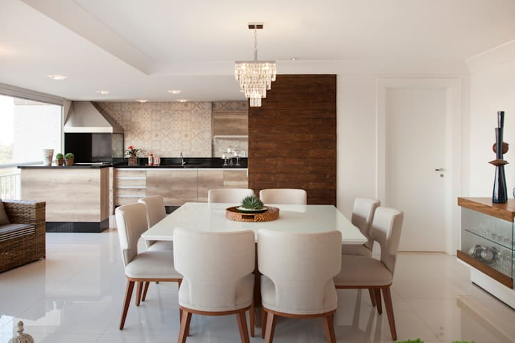 Dining room by Ahph Arquitetura e Interiores