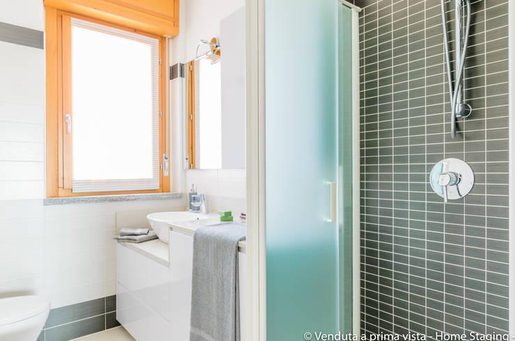Bathroom by Venduta a Prima Vista