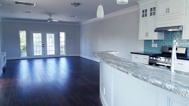 现代客厅設計點子、靈感 & 圖片 根據 Banda & Soldevilla Arquitectos 現代風