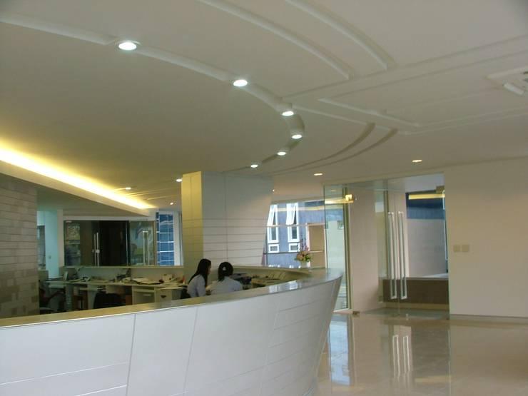 อาคารสำนักงาน:   by     Avatar Co., ltd.