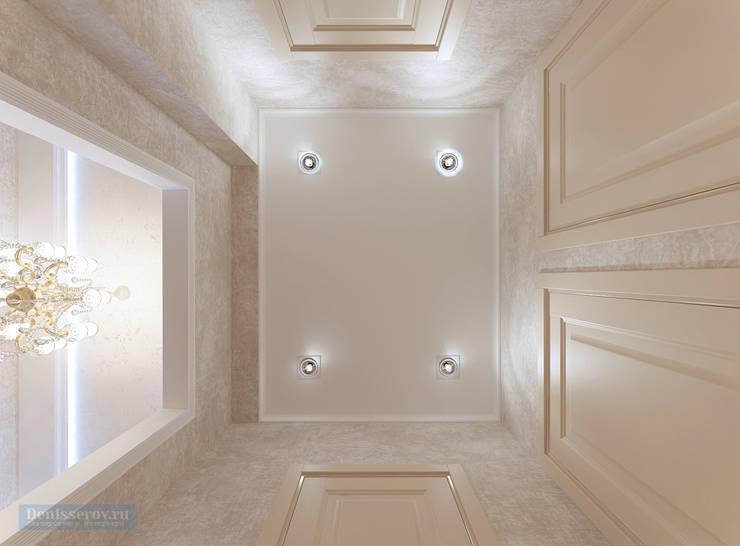 Classic style corridor, hallway and stairs by Студия интерьера Дениса Серова Classic