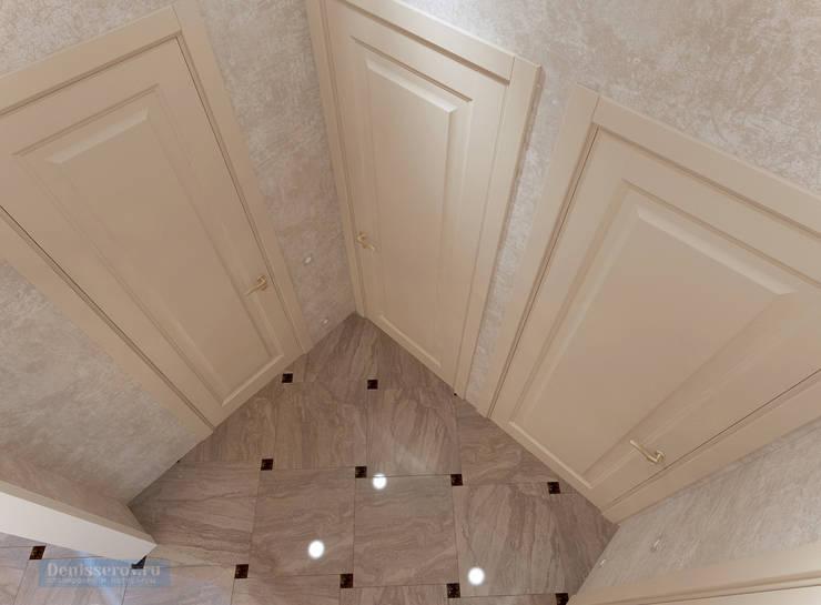 Pasillos, vestíbulos y escaleras de estilo clásico de Студия интерьера Дениса Серова Clásico