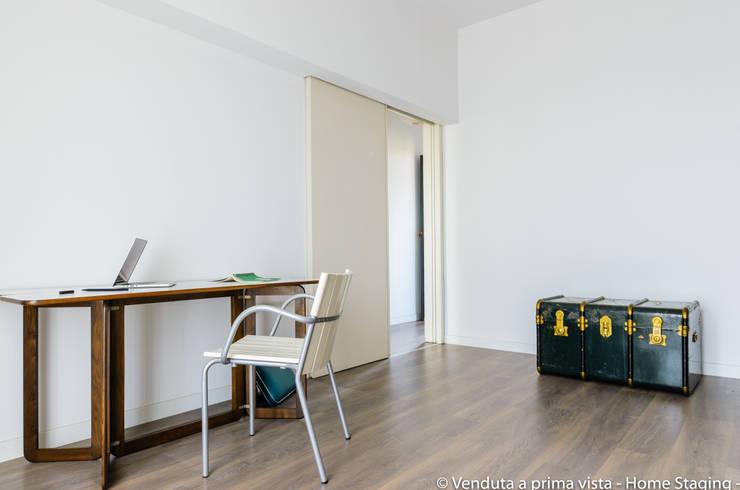 Study/office by Venduta a Prima Vista, Modern