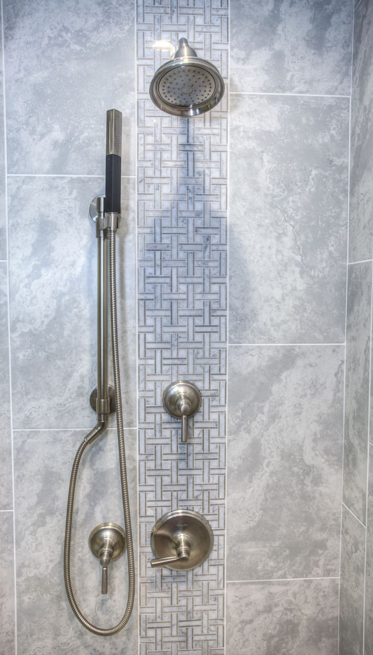 Luxury Master Bath:  Bathroom by Dahl House Design LLC