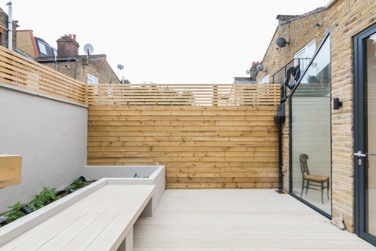 Major renovation, extension and loft. Fulham W6: modern Garden by TOTUS