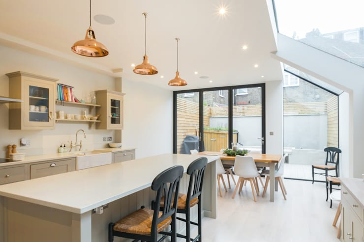 Major renovation, extension and loft. Fulham W6:  Kitchen by TOTUS