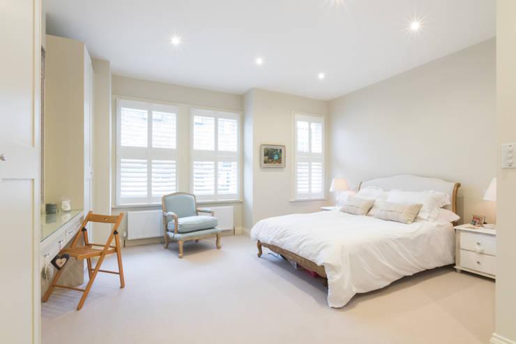 Projekty,  Sypialnia zaprojektowane przez TOTUS