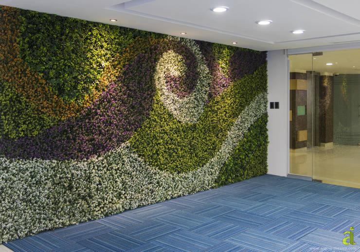 Muro Verde: Oficinas y tiendas de estilo  por arQing