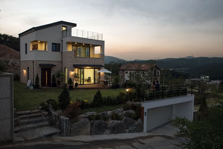 고기동 주택: 지호도시건축사사무소의  주택,모던 MDF