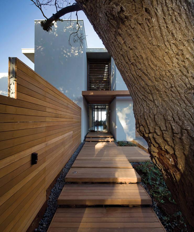 La Lucia:  Houses by ARRCC