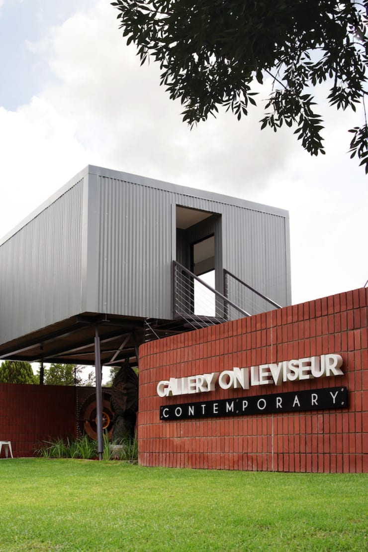 Gallery on Leviseur:  Commercial Spaces by Sergio Nunes Architects, Industrial Bricks