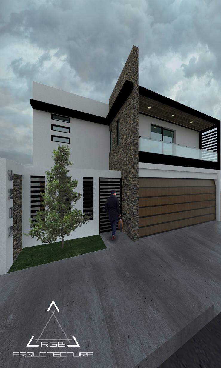 FACHADA PRINCIPAL:  de estilo  por RGB - Arquitectura