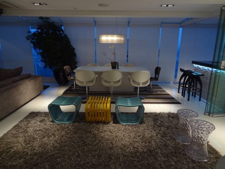 05_Projeto de Interiores: Salas de jantar modernas por Paula Carvalho Arquitetura