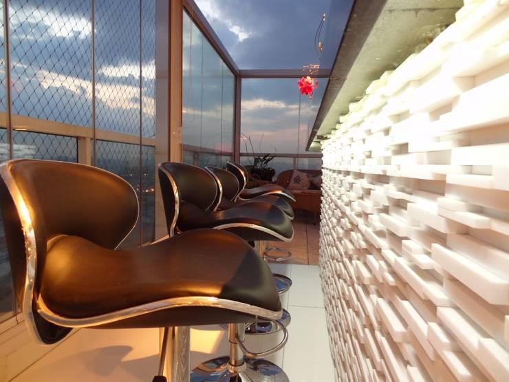 Comedores de estilo moderno por Paula Carvalho Arquitetura