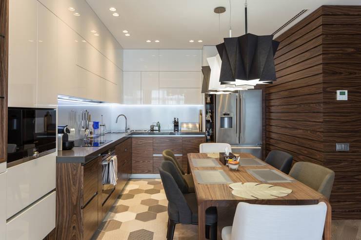 Квартира для отдыха у моря: Кухни в . Автор – Bellarte interior studio