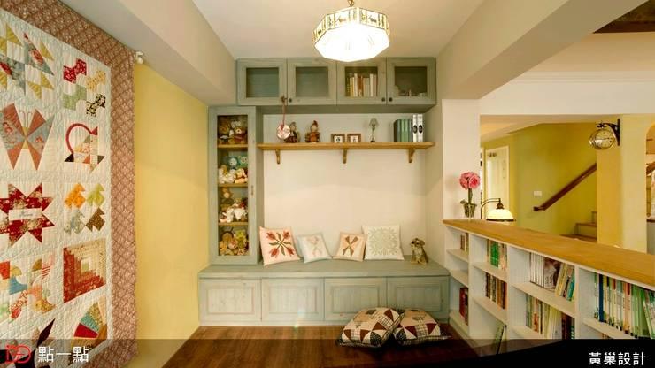 黃巢空間設計:  書房/辦公室 by iDiD點一點設計