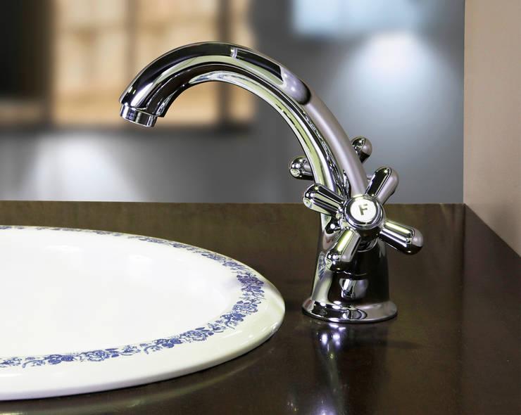 3101C: Baños de estilo  de Ramon Soler