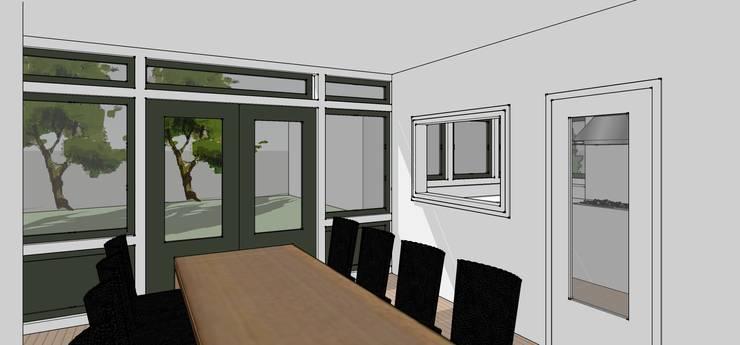 Woonkamer/tuin:  Eetkamer door De E-novatiewinkel, Klassiek Hout Hout