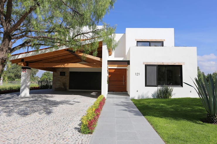 Balvanera St. Andrews: Casas de estilo moderno por Arquitectura MAS
