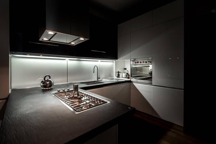 modern Kitchen by Architetto Francesco Franchini
