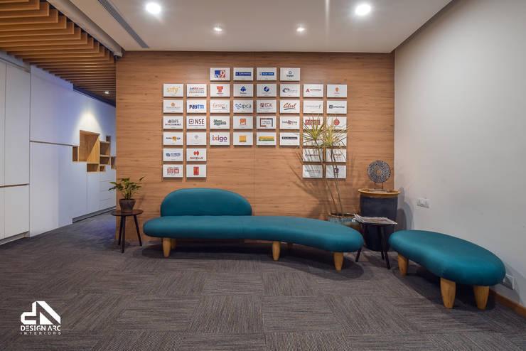Colorful interior:   by Design Arc Interiors