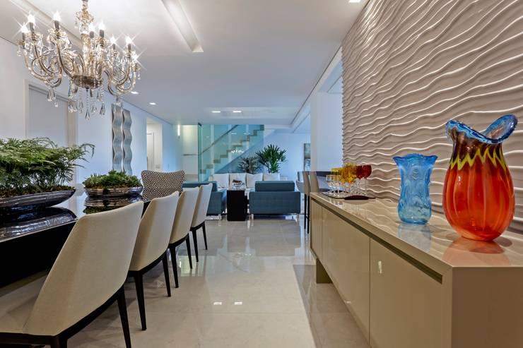 Comedores de estilo ecléctico por Aleggra Design & Arquitetura - Janaina Naves