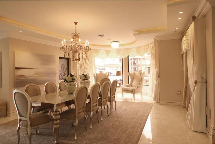 Ebotse Estate:  Dining room by Tru Interiors, Classic
