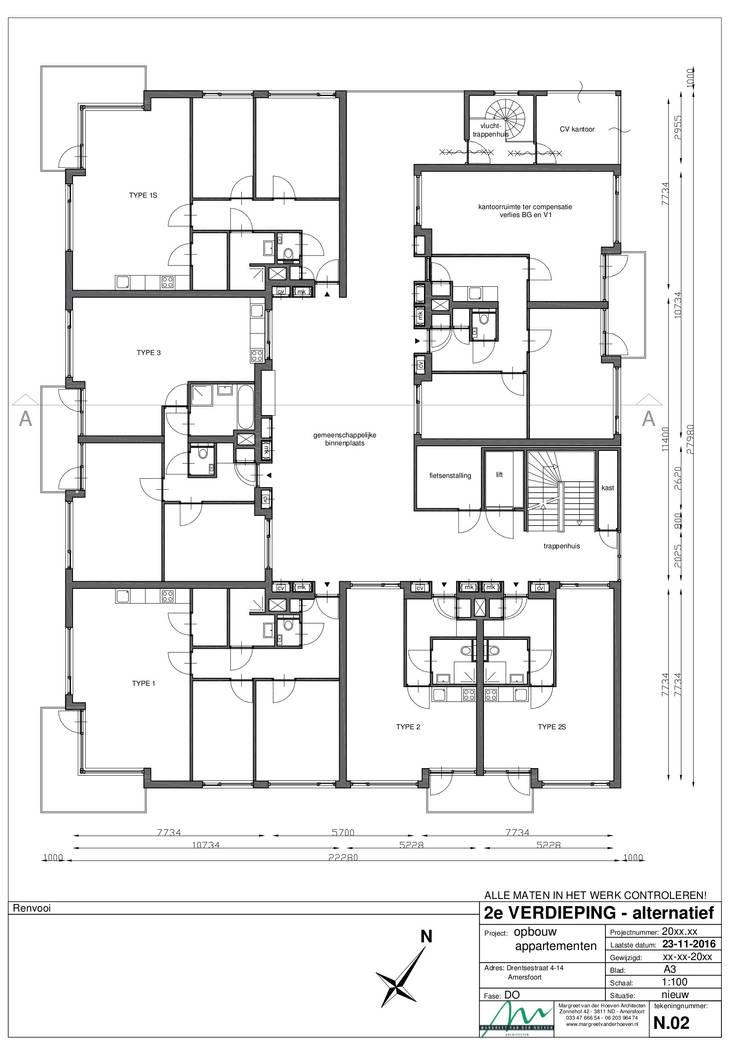Plattegrond tweede verdieping: modern  door Margreet van der Hoeven Architecten, Modern