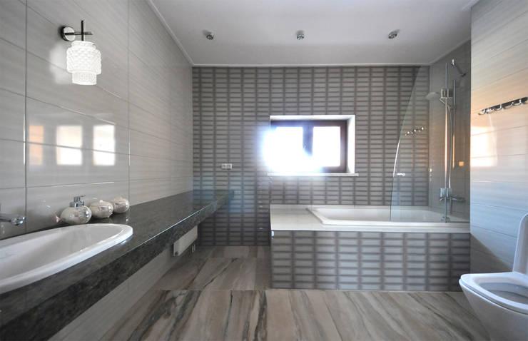 Cinnamon - солнечный минимализм: Ванные комнаты в . Автор – Irina Derbeneva