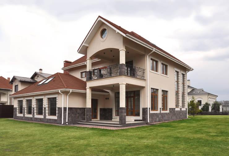 Projekty, nowoczesne Domy zaprojektowane przez Irina Derbeneva