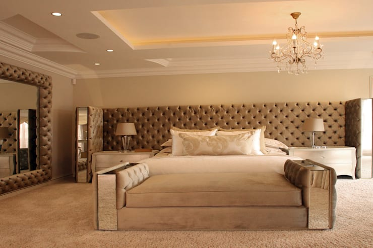 Main bedroom:  Bedroom by Tru Interiors