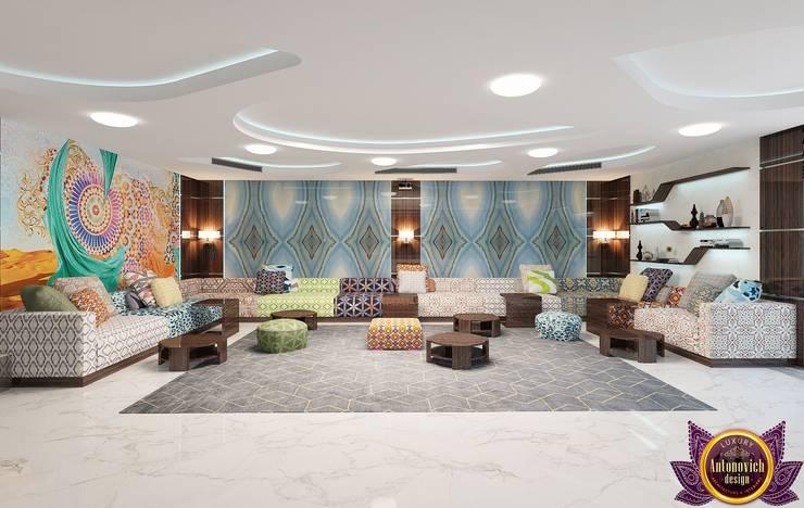   Harmony of modern comfort of Katrina Antonovich:  Living room by Luxury Antonovich Design, Minimalist