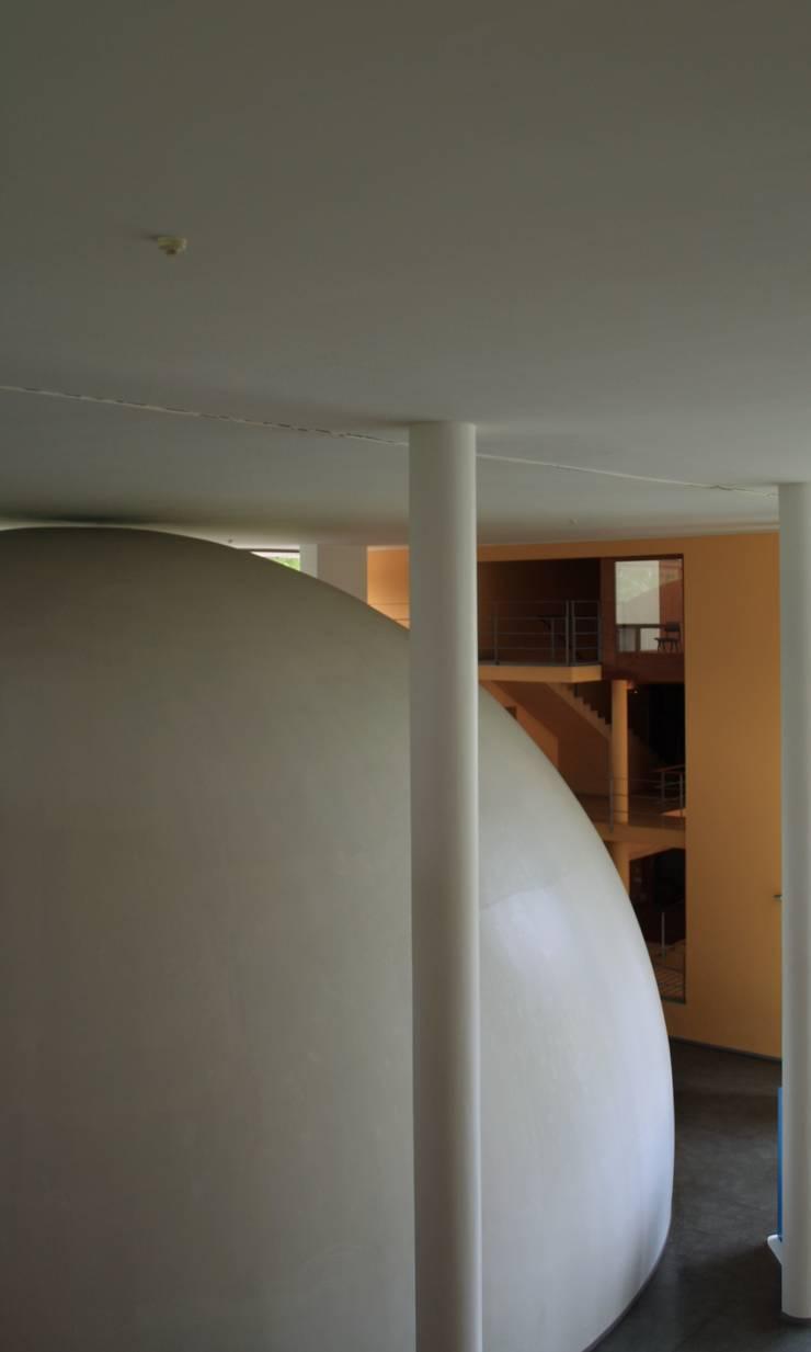Planetário e Centro de Astrofísica do Porto: Salas multimédia  por José Soares Arquitecto LDA