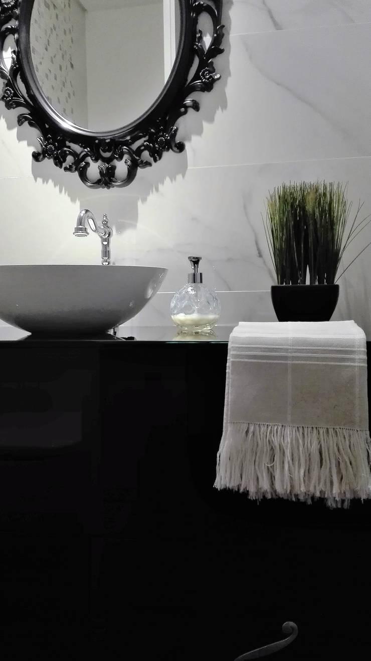 Bathroom by Linho de Cerva e Limões,