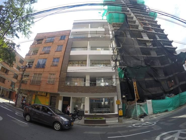 Torre Ángel Puertas y ventanas de estilo moderno de Le.tengo Arquitectos Moderno
