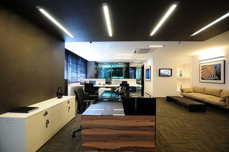 Tasarımca Desıgn Offıce – MARTI TOWER OFİS:  tarz Ofis Alanları, Modern