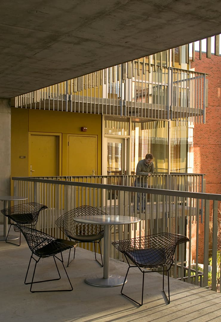Wall Residential College, Tulane University, New Orleans:  Houses by studioWTA