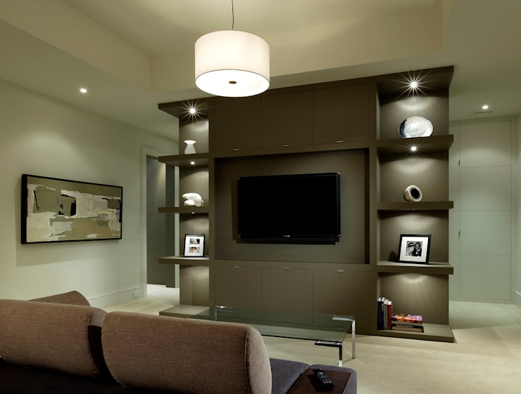Media Room:  Media room by Douglas Design Studio